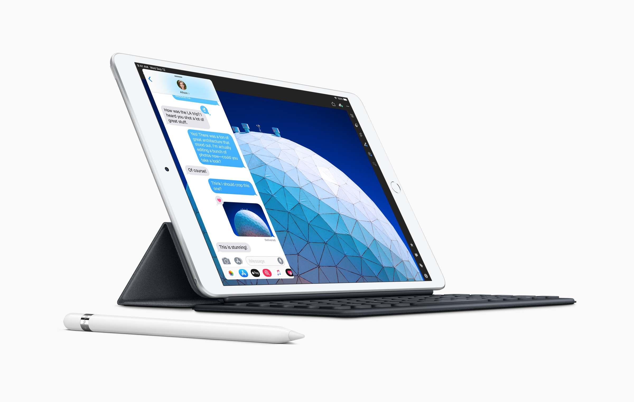 iPad Air with Smartkeyboard and Apple Pencil