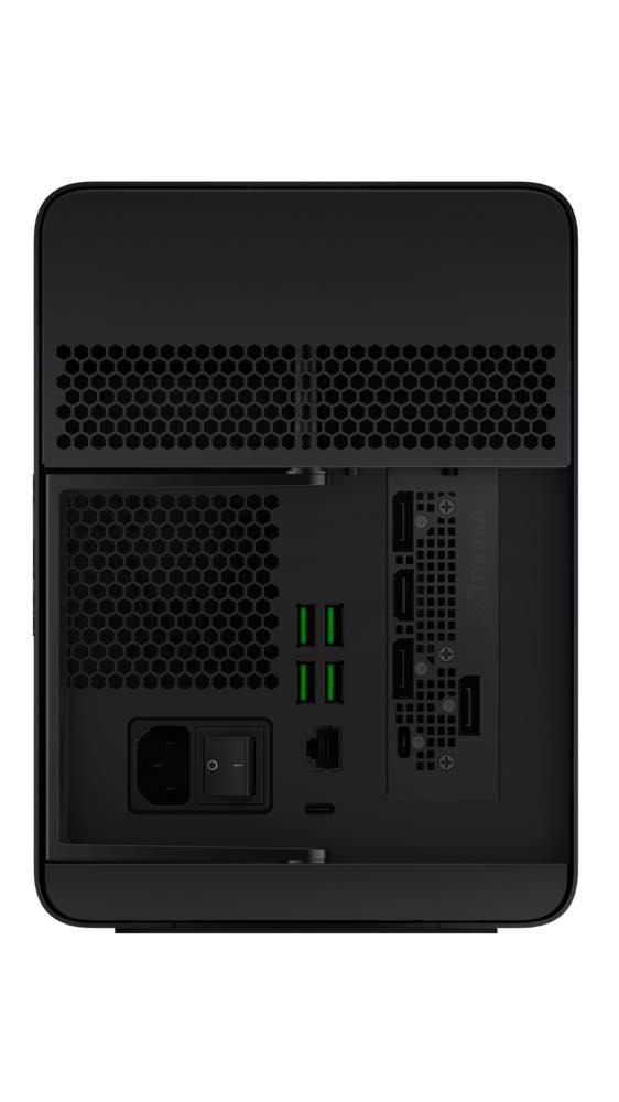 Razer Core X Chroma Port